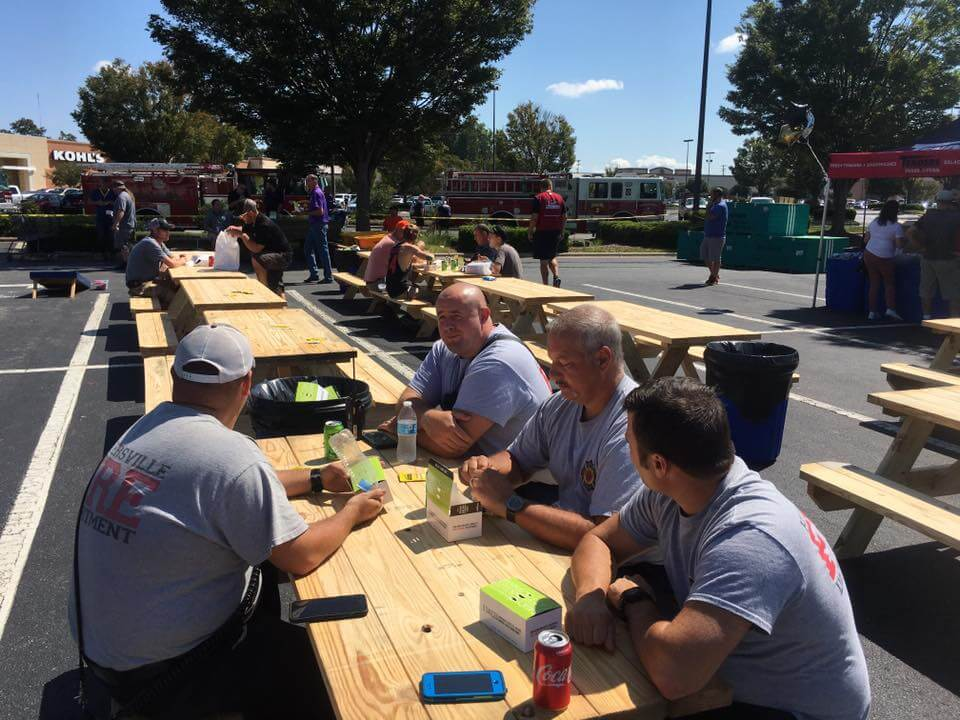 FIRST RESPONDER LUNCH AT LOWES