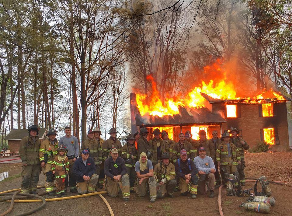HUNTERSVILLE CONDUCTS LIVE FIRE TRAINING