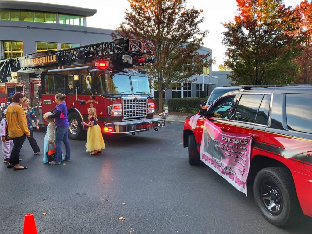 JOE GIBBS RACING ANNUAL TRUNK OR TREAT